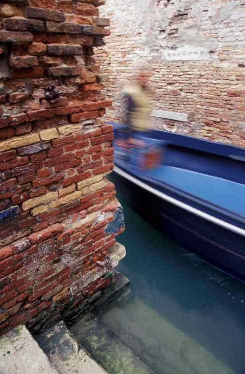0109_Fantome_bateau-a-moteur_Venise_Jacques-de-Givry