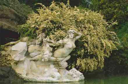 0128_La-Source-Humaine_de-Felix-Charpentier_Jardin-Pasteur_Orleans_Jacques-de-Givry