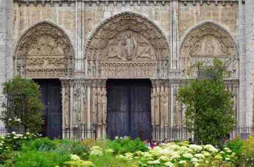 0132_Facade_Chartres_Jacques-de-Givry