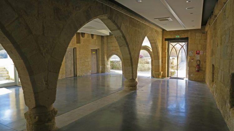 214-Salle Gothique-Saint-Emilion-J. de Givry